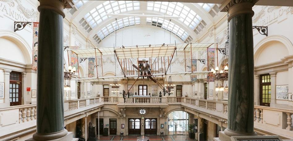 Image of the inside of Bristol Museum and Art Gallery.